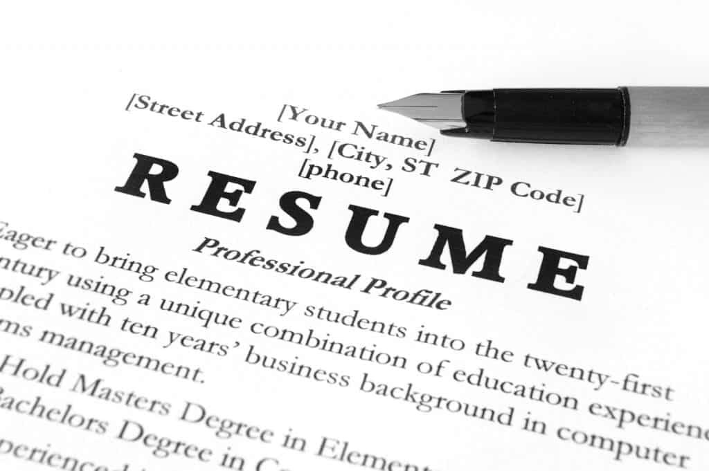 Resume template with a fountain pen